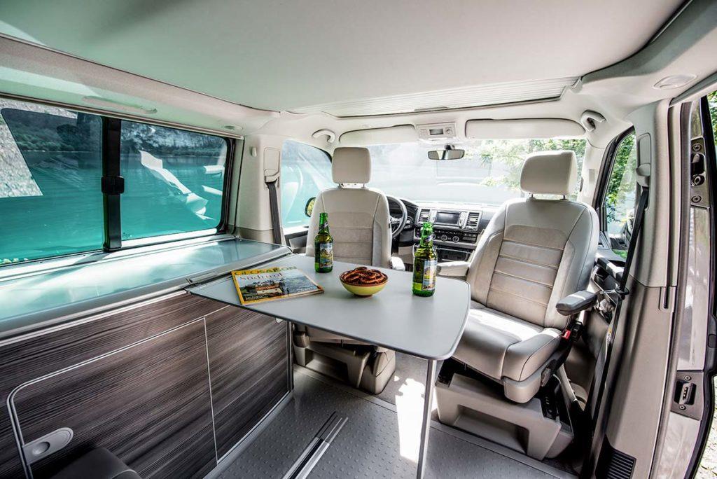 deluxe camper mieten schweiz citypeak campers. Black Bedroom Furniture Sets. Home Design Ideas