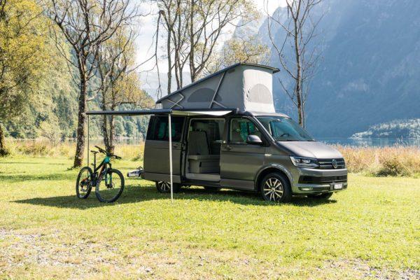 Camper mieten Schweiz, VW T6 California Ocean, Sonnenschutz, Markise, Fahrradträger, Kloentalersee, Mietpreise
