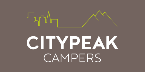 Citypeak Campers, Logo, vierfarbig, invers