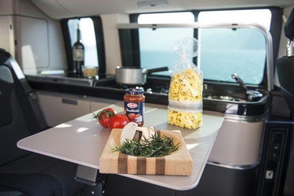 Camper mieten Schweiz, Mercedes Marco Polo mieten, Küchenzeile, kochen
