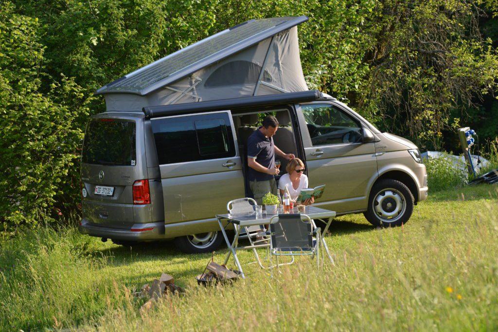 Camper mieten Schweiz, attraktive Preise, Naturcamping, Navigationsgerät enthält alle Daten von Campingplätzen Europas